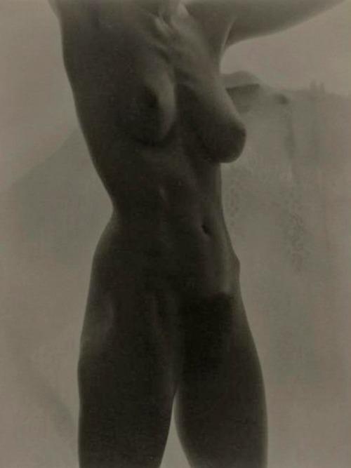 alfred_stieglitz_georgia_okeeffe_nude